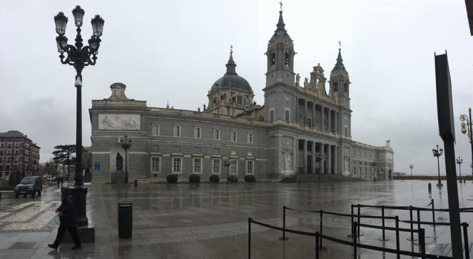 Almudena cathedral.jpg