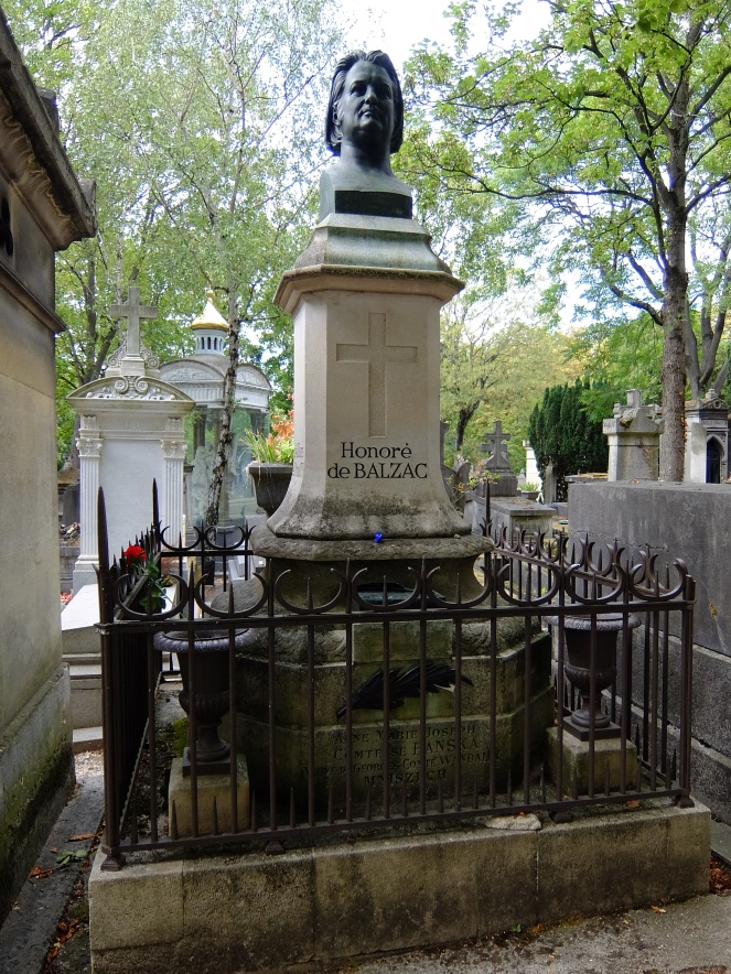 Honore de Balzac's bust and tomb