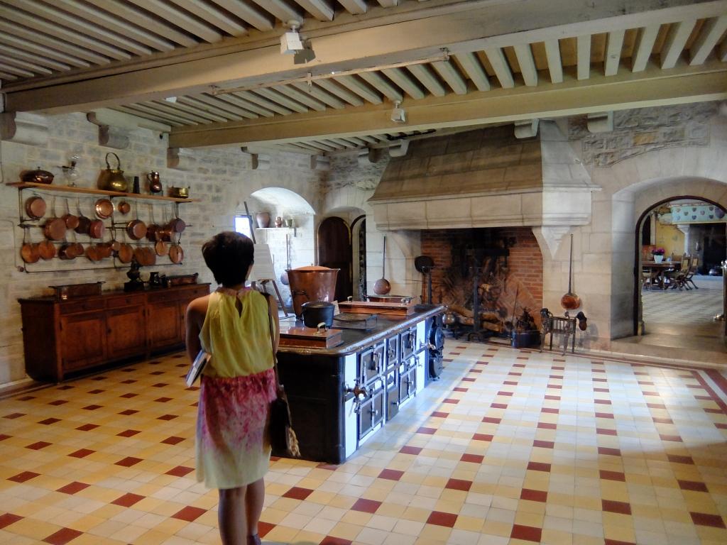 kitchen in rochepot castle