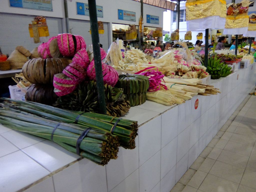 Items for Hindu offering for sale in Indonesian market