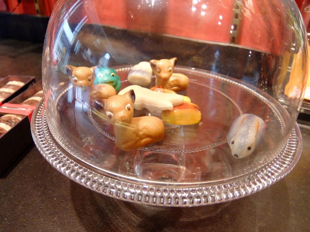 marzipan animal figures